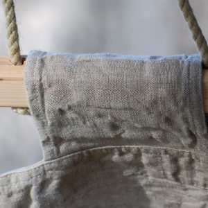 Détail du hamac Bella Vista en chanvre à barres créé par LaDivine Jardine